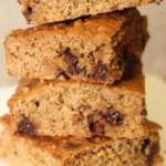 Healthy Chocolate Chip Protein Bars