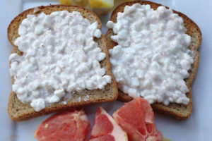 toast_cottage_cheese